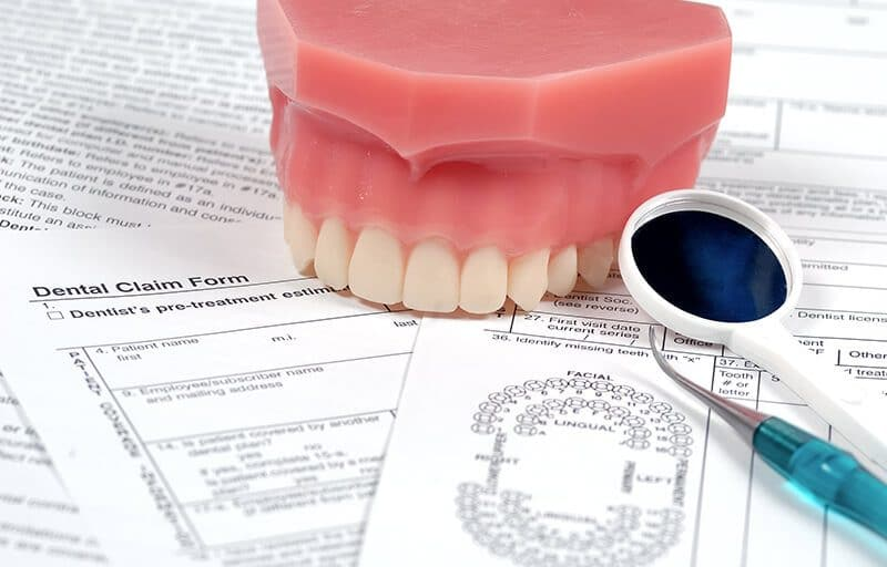 Top Denture Do's and Don'ts